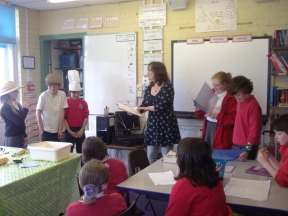 Wendy White with Year 6 Narrators and Actors at Ysgol y Castell, Kidwelly